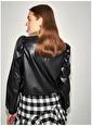 Koton Koton Deri Büzgülü Siyah Kadın Bluz Siyah